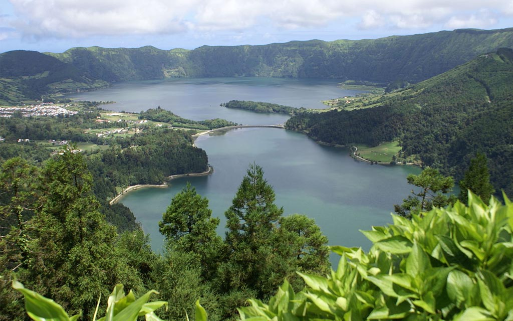 Portugal: TOP10 para São Miguel, Açores - Miradouro Vista do Rei | Diário do Viajante