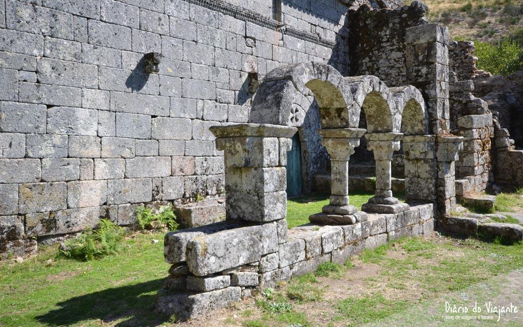 Parque Natural Peneda-Gerês, Mosteiro de Santa Maria das Júnias | Diário do Viajante