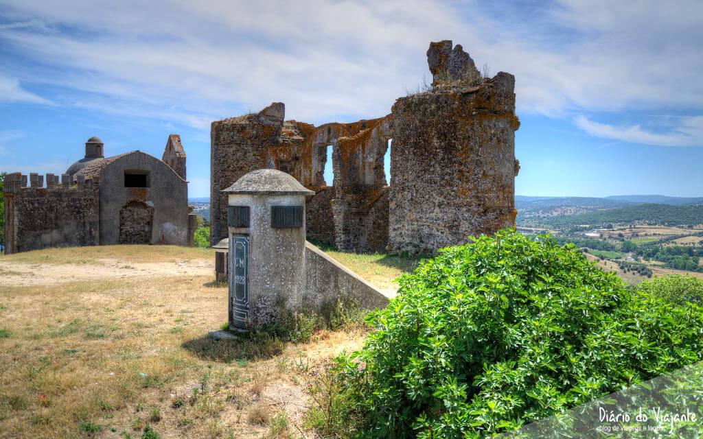 Portugal: Castelo de Montemor-o-Novo | Diário do Viajante