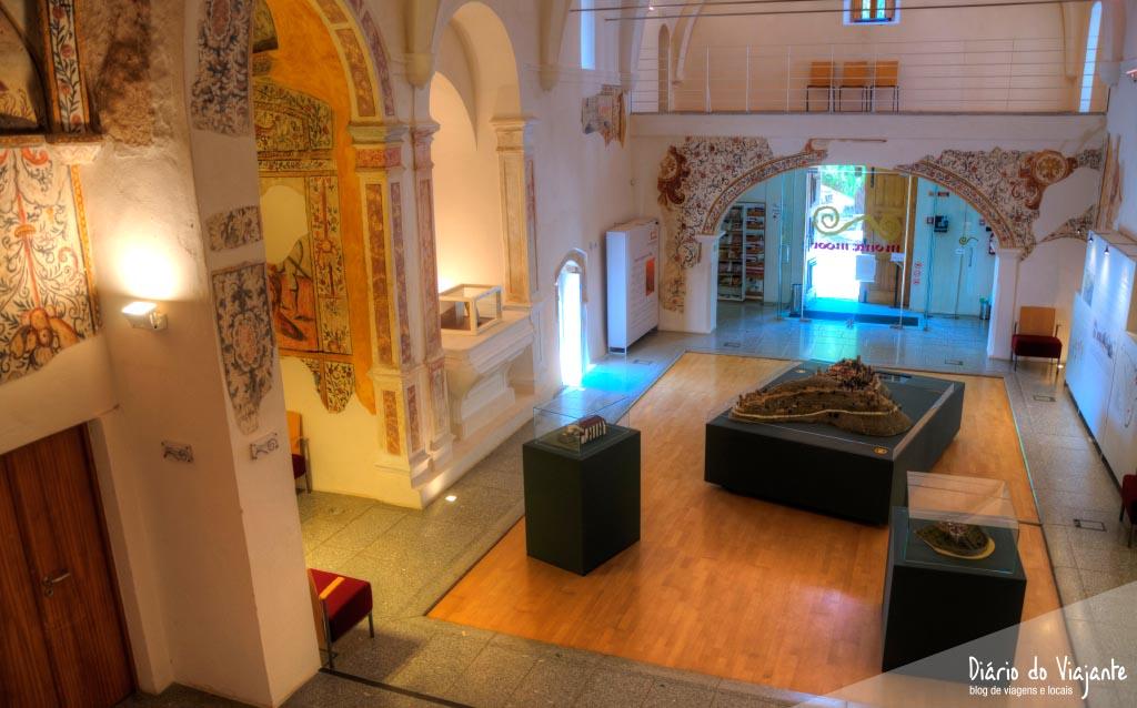 Portugal: Igreja São Tiago, Centro Interpretativo | Diário do Viajante