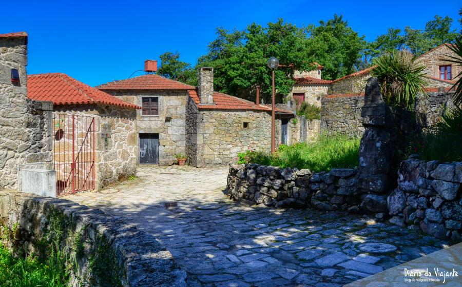 Portugal: Aldeia do Trebilhadouro | Diário do Viajante